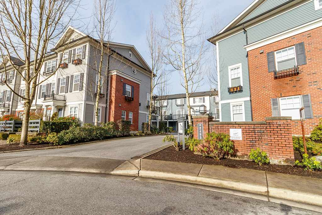 FEATURED LISTING: 14 - 2495 DAVIES Avenue Port Coquitlam