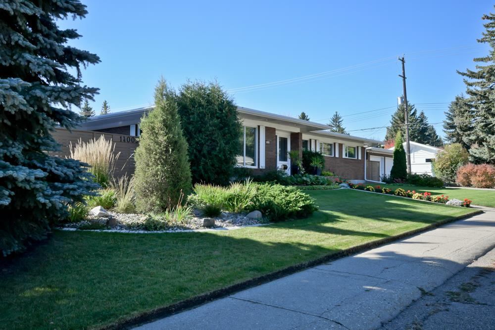 FEATURED LISTING: 14003 89 Avenue Edmonton