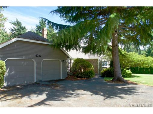 Main Photo: 4787 Amblewood Drive in VICTORIA: SE Cordova Bay Single Family Detached for sale (Saanich East)  : MLS® # 354327