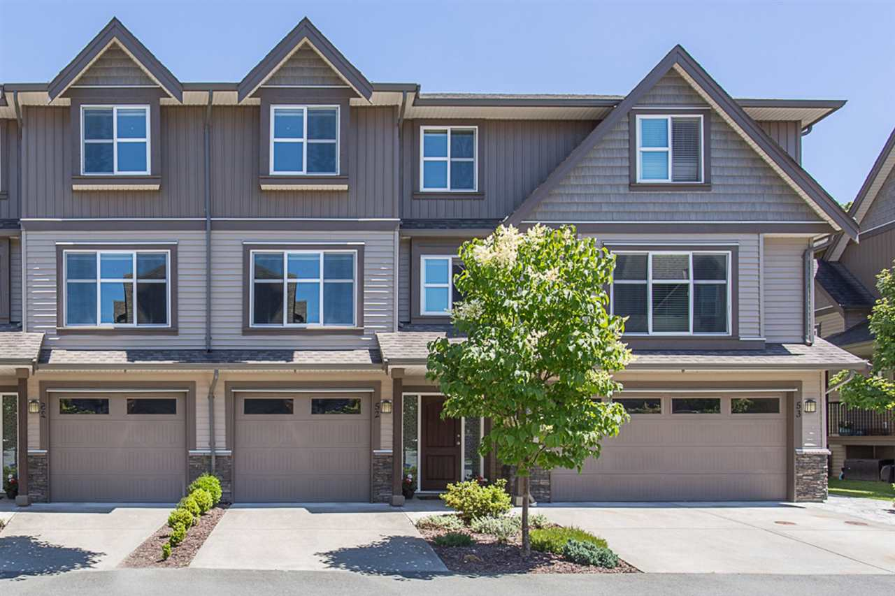 "Main Photo: 52 45085 WOLFE Road in Chilliwack: Chilliwack W Young-Well Townhouse for sale in ""Townsend Terrace"" : MLS®# R2180028"