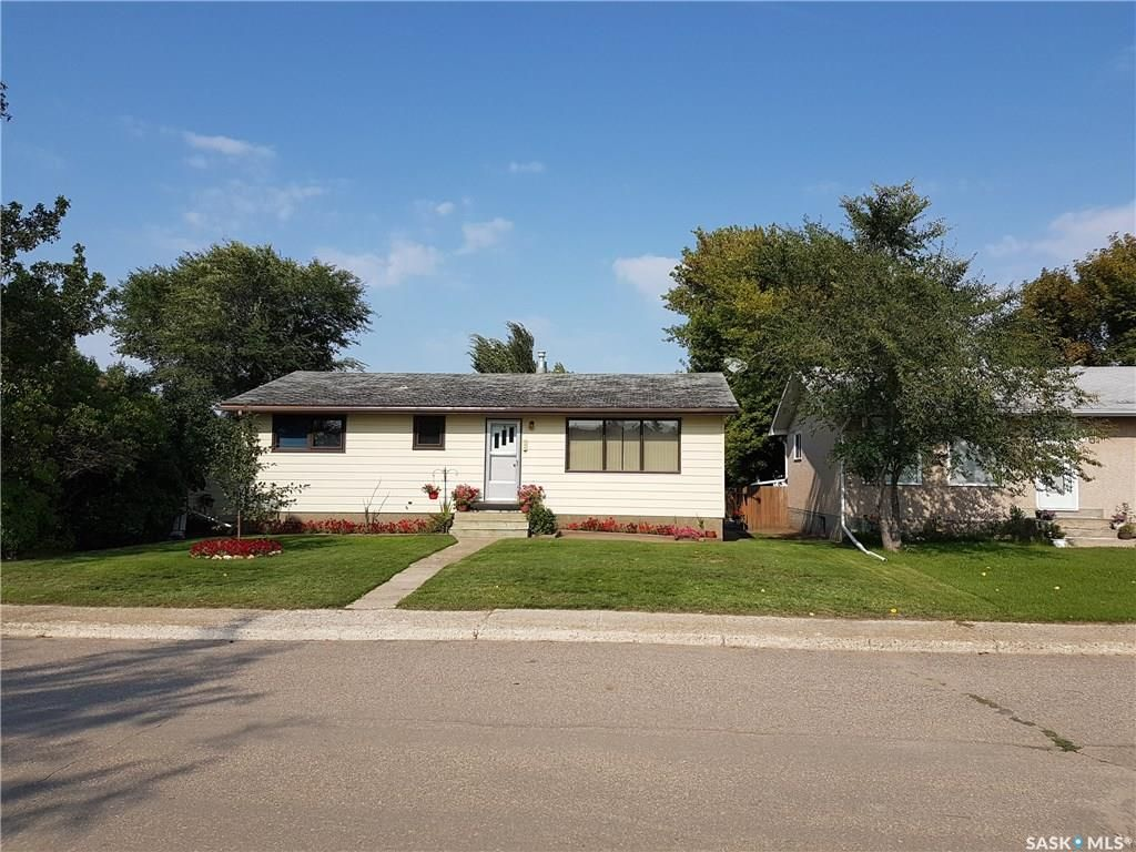 Main Photo: 237 6th Avenue East in Unity: Residential for sale : MLS®# SK732756