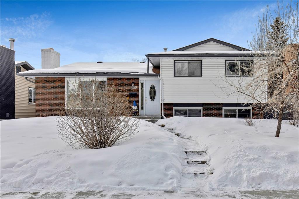 FEATURED LISTING: 359 Queen Charlotte RD Southeast Calgary