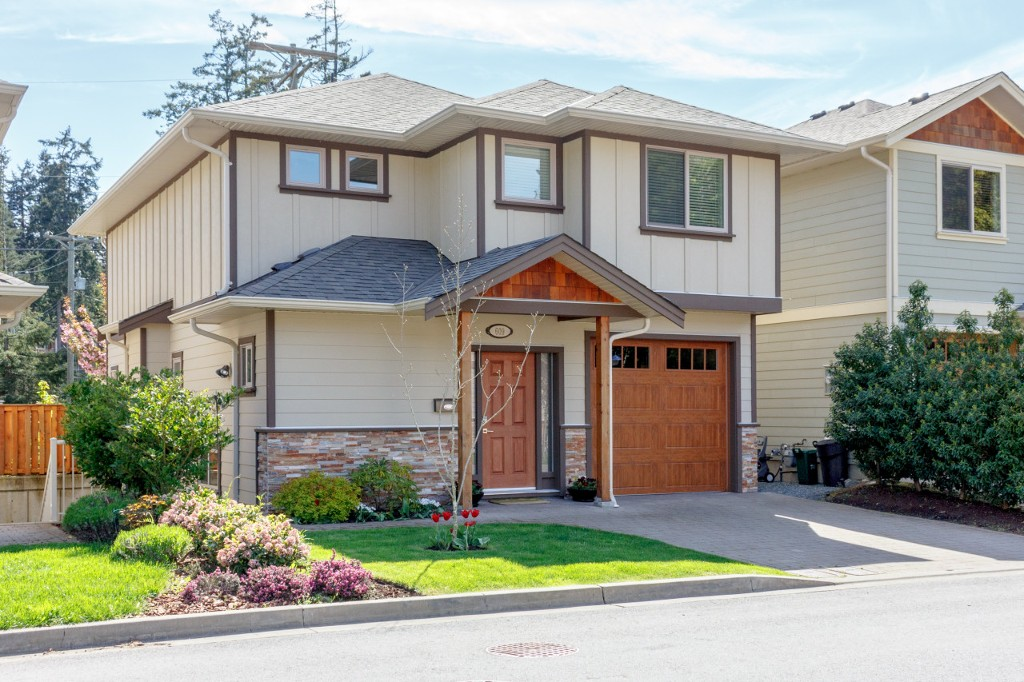 Main Photo: 609 Amble Place in VICTORIA: La Mill Hill Single Family Detached for sale (Langford)  : MLS®# 377506