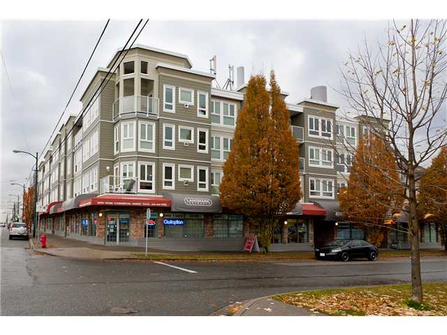 "Main Photo: 209 4989 DUCHESS Street in Vancouver: Collingwood VE Condo for sale in ""ROYAL TERRACE"" (Vancouver East)  : MLS® # V920881"