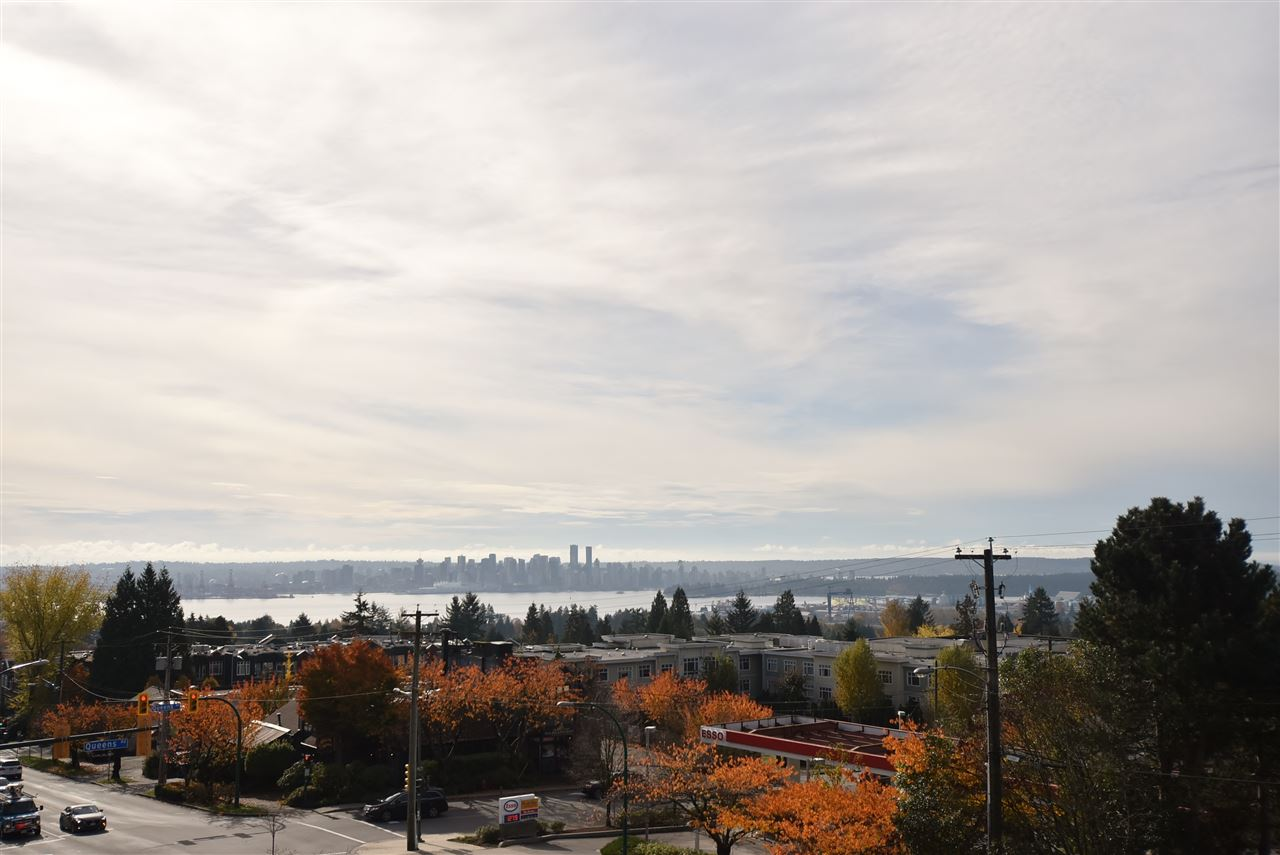 "Main Photo: 320 3080 LONSDALE Avenue in North Vancouver: Upper Lonsdale Condo for sale in ""KINGSVIEW MANOR"" : MLS® # R2120342"