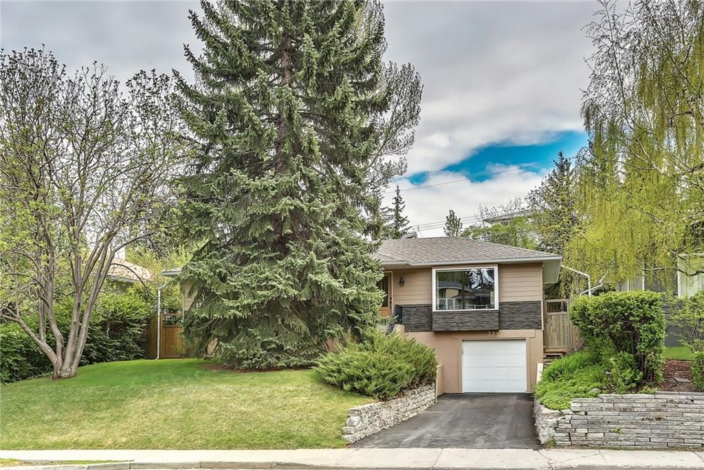 FEATURED LISTING: 331 45 Avenue Southwest Calgary