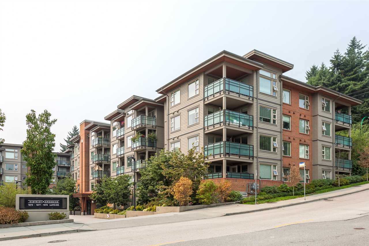 "Main Photo: 310 1679 LLOYD Avenue in North Vancouver: Pemberton NV Condo for sale in ""DISTRICT CROSSING"" : MLS® # R2195498"