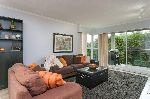 "Main Photo: 201 106 W KINGS Road in North Vancouver: Upper Lonsdale Condo for sale in ""Kings Court"" : MLS® # R2214893"