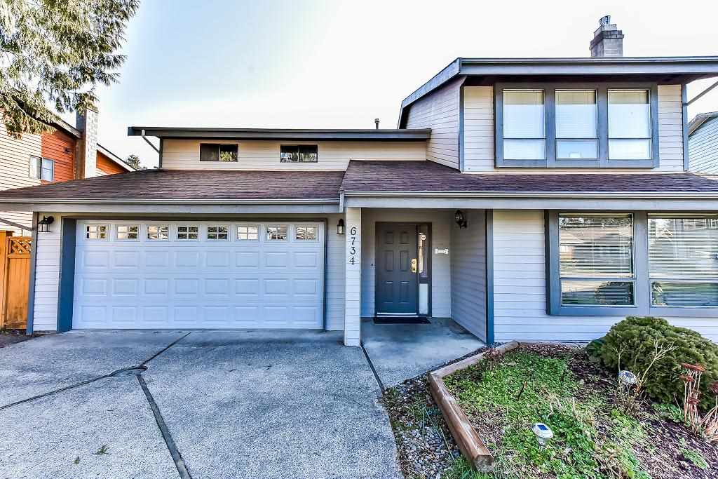 Main Photo: 6734 134A Street in Surrey: West Newton House for sale : MLS®# R2246348