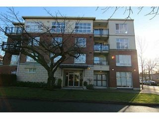 Main Photo: 403 2096 W 46TH Avenue in Vancouver: Kerrisdale Condo for sale (Vancouver West)  : MLS®# R2292214