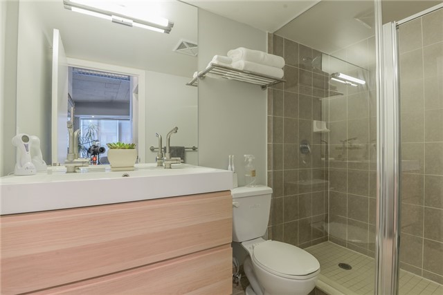 Photo 6: 1611 150 Sudbury Street in Toronto: Little Portugal Condo for sale (Toronto C01)  : MLS® # C3437918