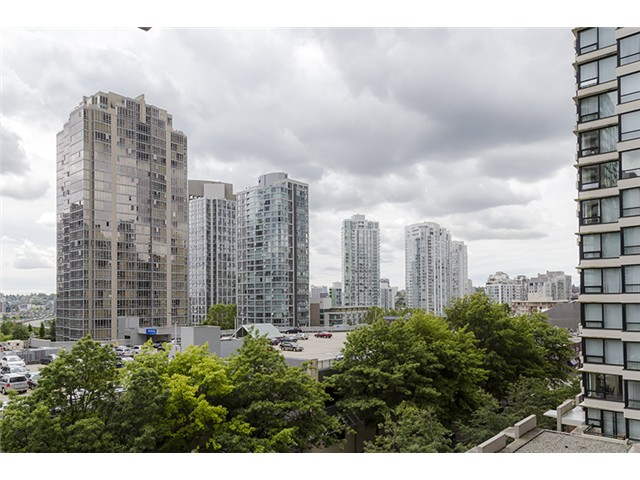 Photo 13: 704 909 MAINLAND Street in Vancouver: Yaletown Condo for sale (Vancouver West)  : MLS® # V1072136