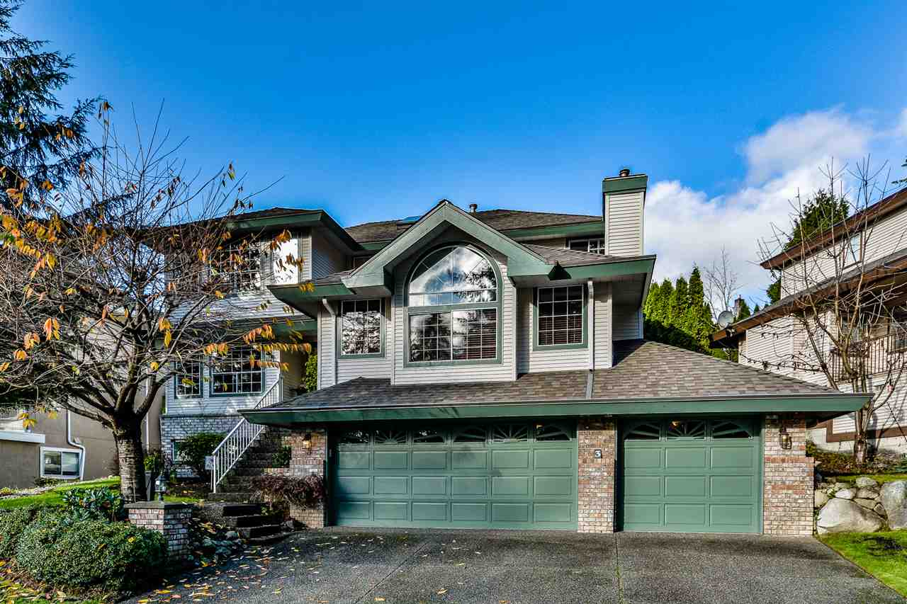 "Main Photo: 3 DEERWOOD Place in Port Moody: Heritage Mountain House for sale in ""HERITAGE MOUNTAIN"" : MLS®# R2124680"
