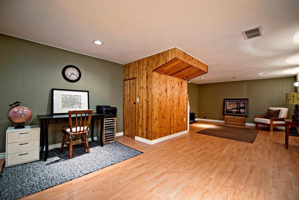 Photo 14: 3743 LOGAN Crescent SW in Calgary: Lakeview House for sale : MLS® # C4131777