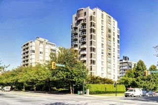 "Main Photo: 703 1405 W 12TH Avenue in Vancouver: Fairview VW Condo for sale in ""The Warrenton"" (Vancouver West)  : MLS® # R2225202"