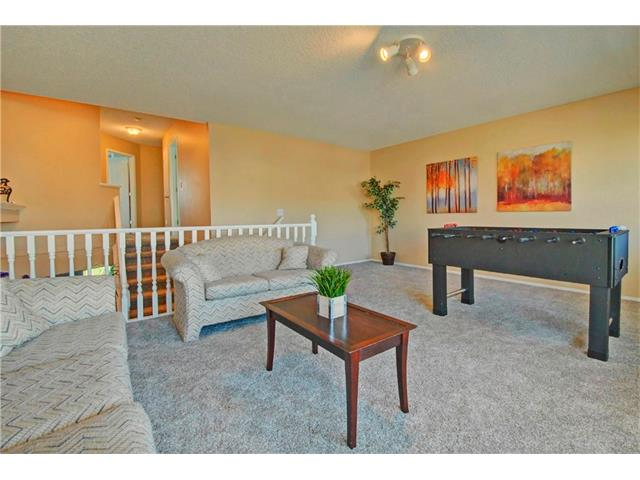 Photo 13: 125 SPRING Crescent SW in Calgary: Springbank Hill House for sale : MLS® # C4077797
