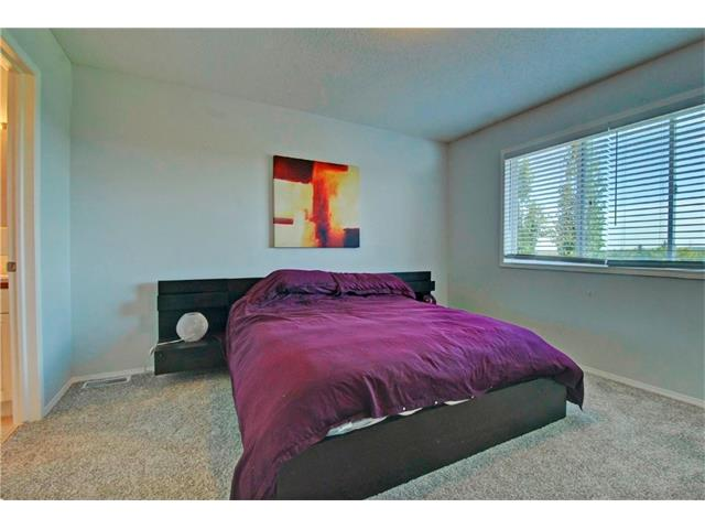 Photo 14: 125 SPRING Crescent SW in Calgary: Springbank Hill House for sale : MLS® # C4077797