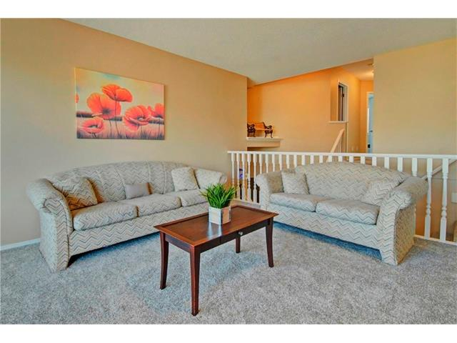 Photo 12: 125 SPRING Crescent SW in Calgary: Springbank Hill House for sale : MLS® # C4077797