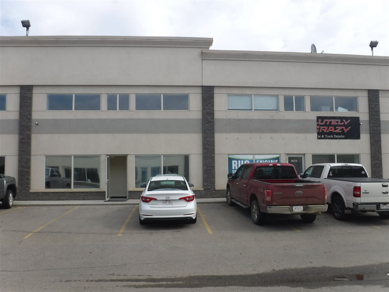 Main Photo: 13085 156st in Edmonton: Zone 40 Industrial for sale : MLS®# E4126143