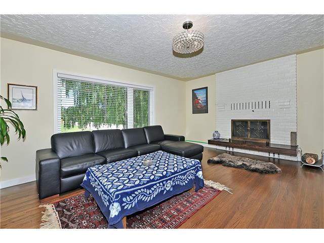 Photo 5: 203 41 Avenue NW in Calgary: Highland Park House for sale : MLS® # C4035983