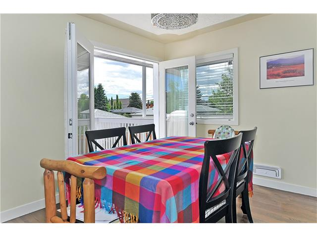 Photo 9: 203 41 Avenue NW in Calgary: Highland Park House for sale : MLS® # C4035983