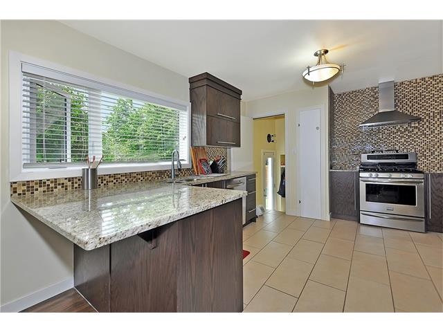 Photo 6: 203 41 Avenue NW in Calgary: Highland Park House for sale : MLS® # C4035983