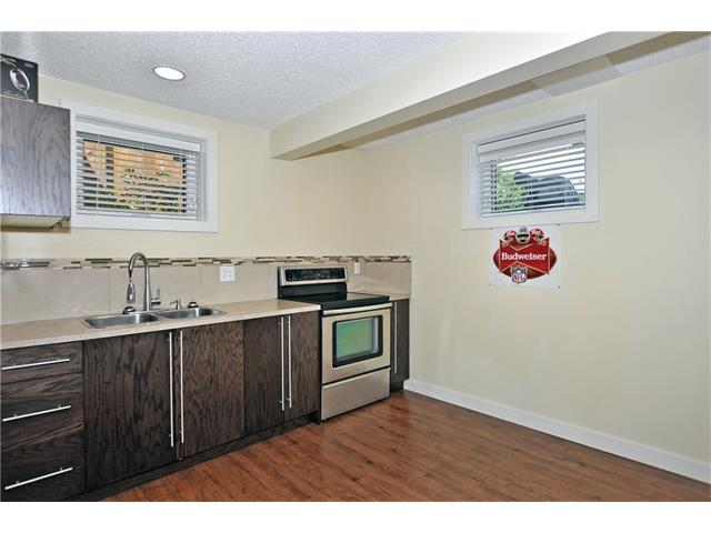 Photo 16: 203 41 Avenue NW in Calgary: Highland Park House for sale : MLS® # C4035983