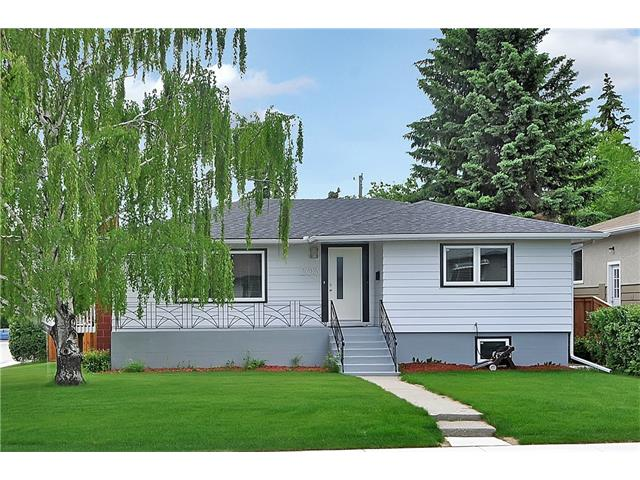 Main Photo: 203 41 Avenue NW in Calgary: Highland Park House for sale : MLS® # C4035983