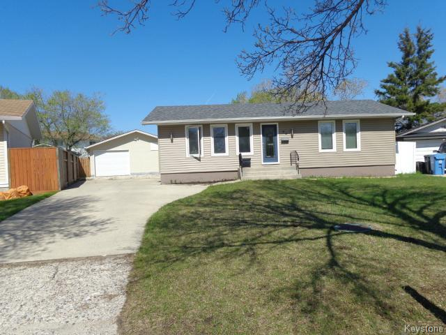 FEATURED LISTING: 94 Deloraine Drive WINNIPEG