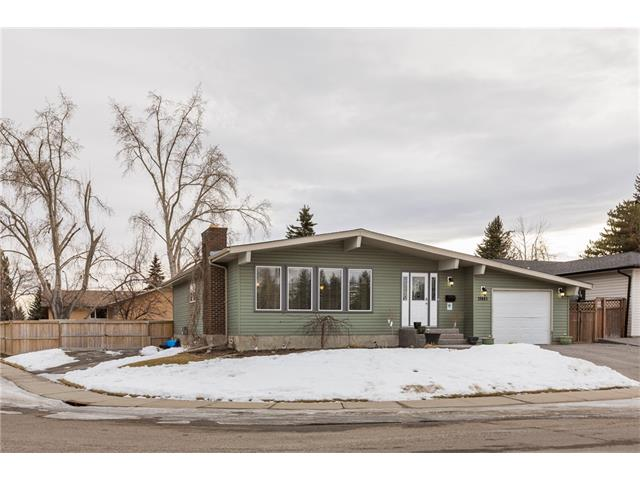 Main Photo: 11443 BRANIFF Road SW in Calgary: Braeside House for sale : MLS®# C4050244