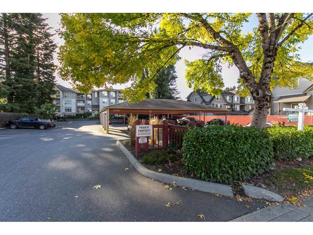 "Main Photo: 205 9165 BROADWAY Road in Chilliwack: Chilliwack E Young-Yale Condo for sale in ""The Cambridge"" : MLS® # R2106064"