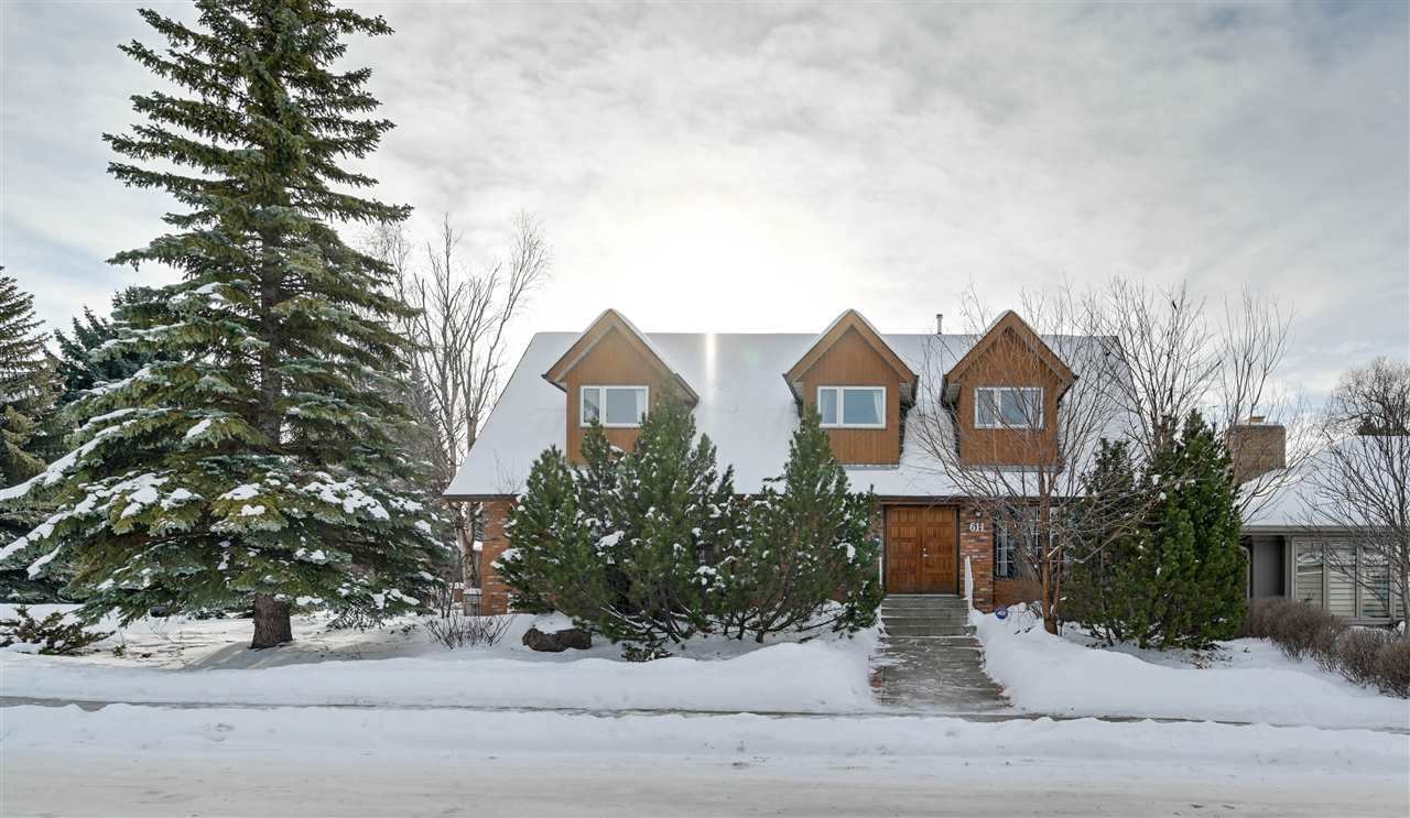 FEATURED LISTING: 611 ROMANIUK Road Edmonton