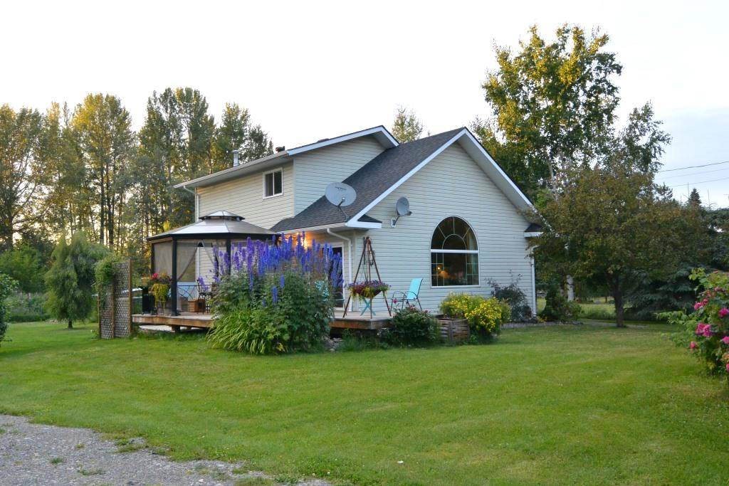 FEATURED LISTING: 1562 COTTONWOOD Street Telkwa