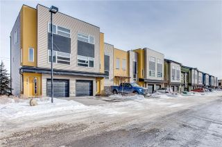 Main Photo: 252 COVECREEK Circle NE in Calgary: Coventry Hills House for sale : MLS® # C4166113