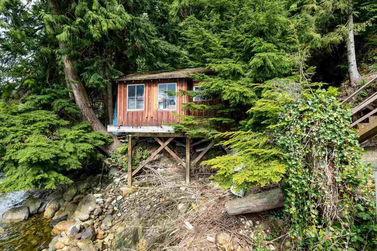 "Photo 18: 29 JOHNSON Bay in North Vancouver: Indian Arm House for sale in ""Johnson Bay"" : MLS(r) # R2160921"