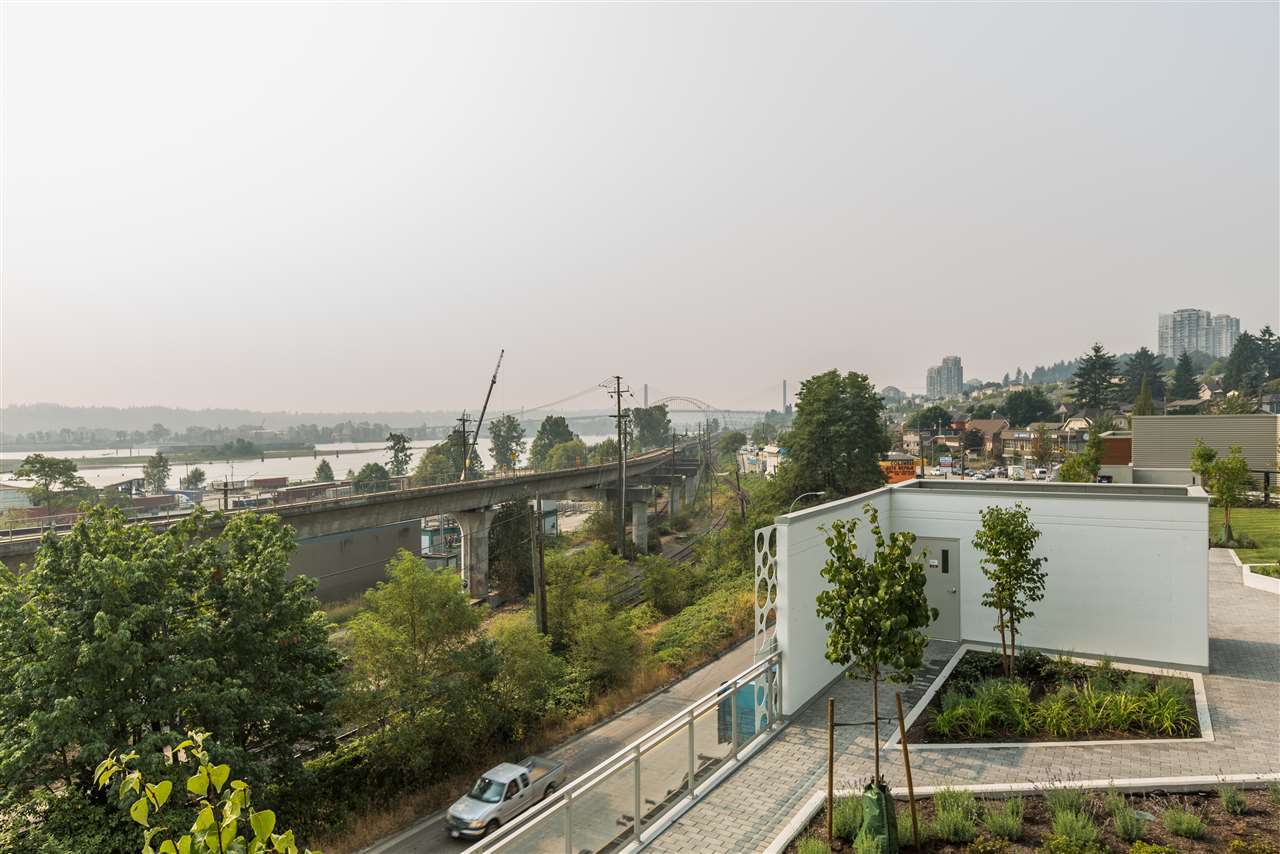 "Photo 12: 206 200 NELSON Crescent in New Westminster: Sapperton Condo for sale in ""THE SAPPERTON"" : MLS® # R2195504"