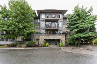 "Main Photo: 105 2998 SILVER SPRINGS BLV in Coquitlam: Westwood Plateau Condo for sale in ""TRILLIUM"" : MLS® # R2203643"
