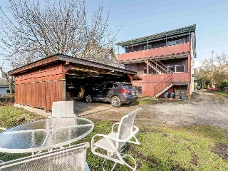 "Main Photo: 2482 W 7TH Avenue in Vancouver: Kitsilano House for sale in ""Kitsilano"" (Vancouver West)  : MLS® # R2209690"
