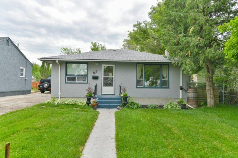FEATURED LISTING: 48 Kingswood Avenue Winnipeg