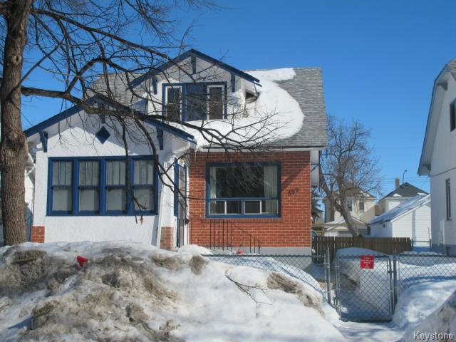 Main Photo:  in WINNIPEG: North End Residential for sale (North West Winnipeg)  : MLS® # 1404958