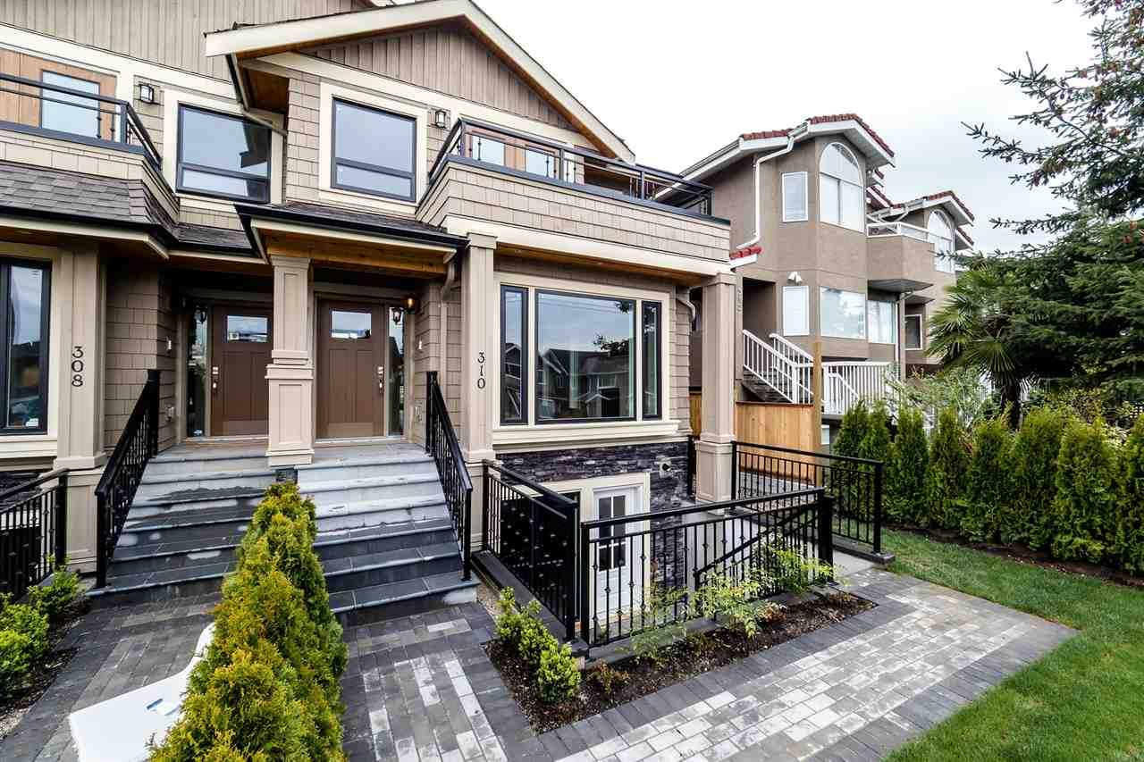 Main Photo: 310 E 11TH Street in North Vancouver: Central Lonsdale House 1/2 Duplex for sale : MLS® # R2154354