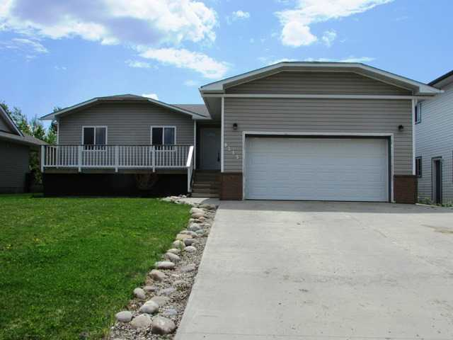 "Main Photo: 9215 118TH Avenue in Fort St. John: Fort St. John - City NE House for sale in ""KIN PARK"" (Fort St. John (Zone 60))  : MLS® # N236549"