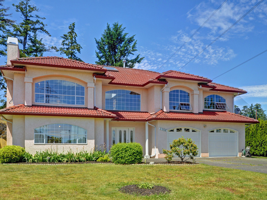 Main Photo: 2306 Evelyn Heights in VICTORIA: VR Hospital Single Family Detached for sale (View Royal)  : MLS® # 379849