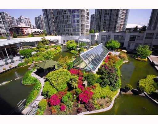 Main Photo: # 603 1199 MARINASIDE CR in Vancouver: Yaletown Condo for sale (Vancouver West)  : MLS® # V597877