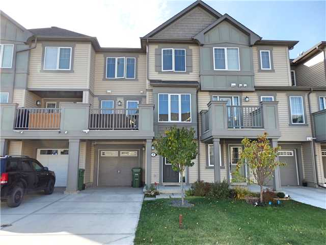 Main Photo: 7 WINDSTONE Green SW: Airdrie Residential Attached for sale : MLS®# C3638273