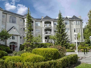 "Main Photo: 303 5677 208 Street in Langley: Langley City Condo for sale in ""IVY LEA"" : MLS® # R2000017"