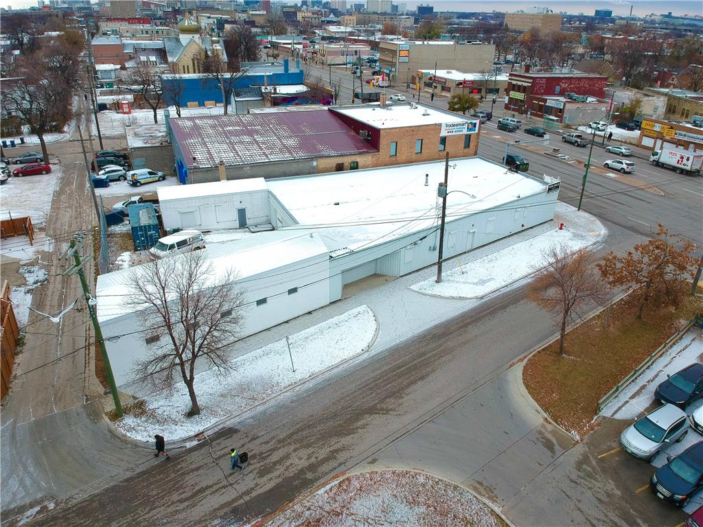 FEATURED LISTING: 981 Main Street Winnipeg