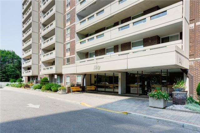 Main Photo: 611 60 Inverlochy Boulevard in Markham: Royal Orchard Condo for sale : MLS®# N3652061