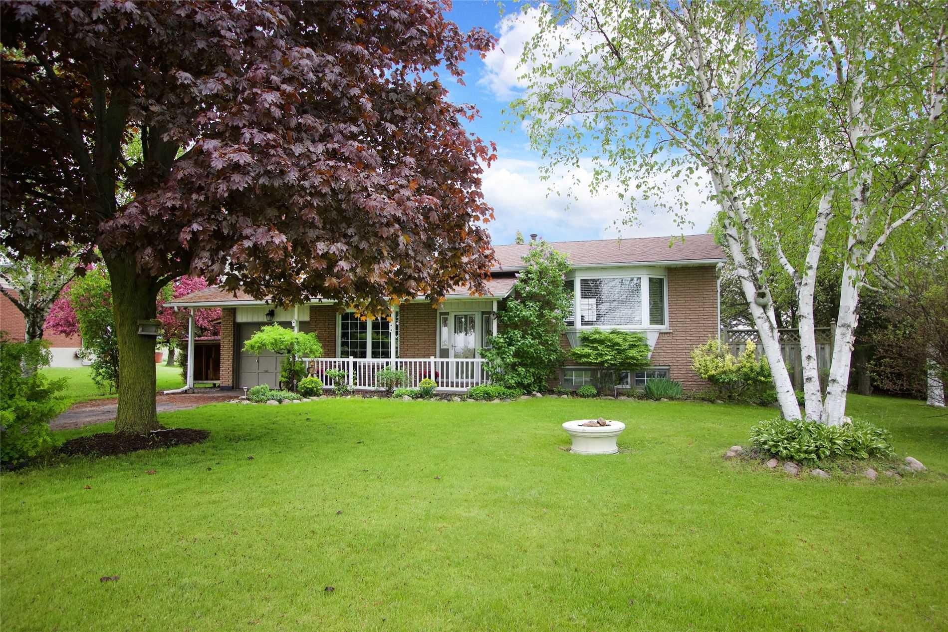 FEATURED LISTING: 2653 Bellwood Drive Clarington