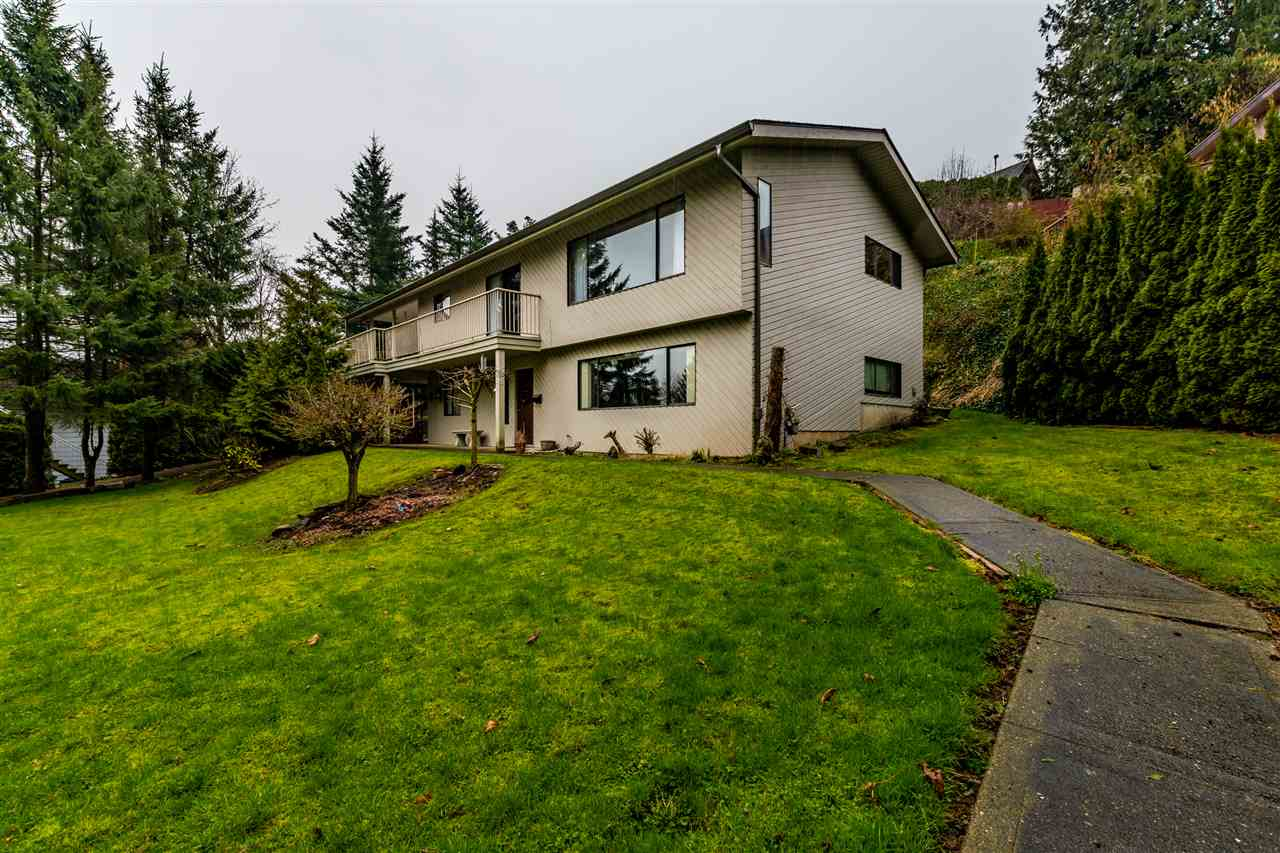 FEATURED LISTING: 10105 KENSWOOD Drive Chilliwack